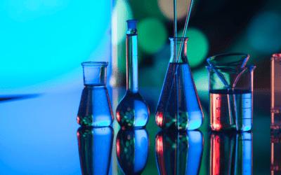 Beneficis de l'aigua destil·lada